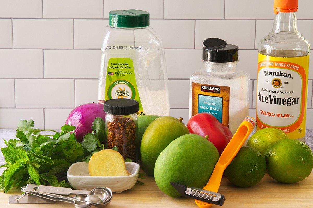 green mango salad ingredients