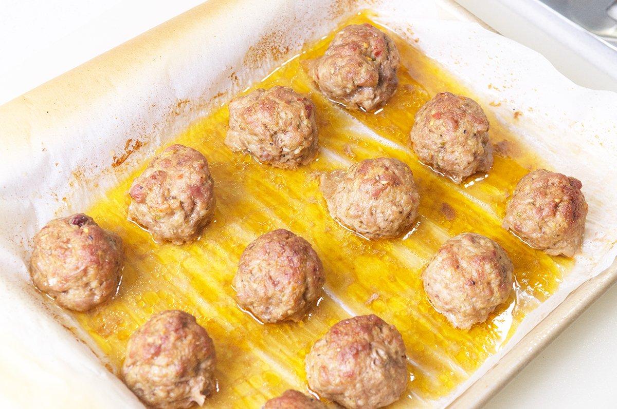 vietnamese meatballs baking