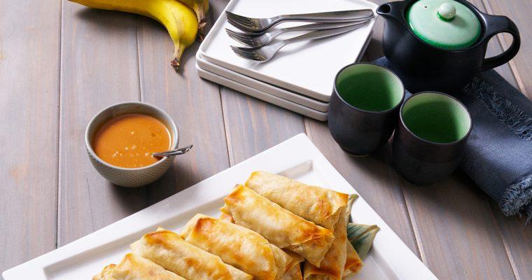 Turon (fried banana spring rolls)
